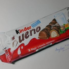 Drawing a Kinder Bueno chocolate bar